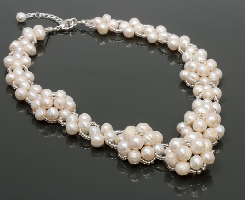 Jewelry Photography pearl necklace